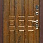 Входная дверь Троя РФ 3К Винорит грецкий орех